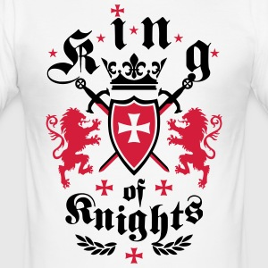 King of Knights Crown Lions Swords Cross T-Shirt - Männer Slim Fit T-Shirt