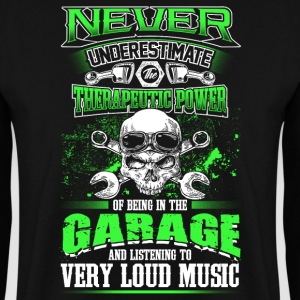 Never underestimate a mechanic - EN Hoodies & Sweatshirts - Men's Sweatshirt