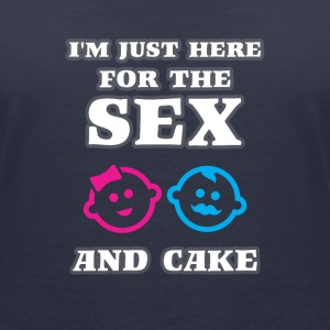 Im just here for the Sex and Cake T-Shirts - Frauen T-Shirt mit V-Ausschnitt