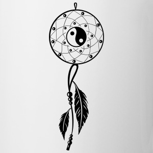 Dreamcatcher with feather, flutes and Yin and Yang - Mug