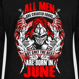 June - All men are created equal - EN Pullover & Hoodies - Frauen Pullover mit U-Boot-Ausschnitt von Bella