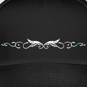 Ornament with two feathers, indian style. - Trucker Cap