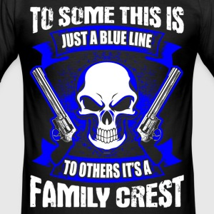 Family Crest - Blue Line - EN T-Shirts - Männer Slim Fit T-Shirt