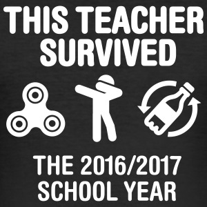 This teacher survived school year 20116 - 2017 T-shirts - Slim Fit T-shirt herr