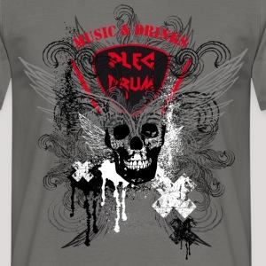 plec_skull_shirt1