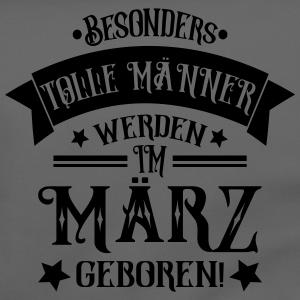 """Geburtstag T-Shirts mit """"Männer im März Geboren Geburtstag Spruch"""""""