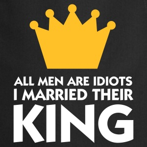 Czarny All Men are Idiot - I married their King 1 (2c) Fartuchy - Fartuch kuchenny