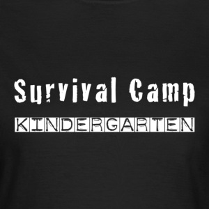 Survival Camp Kindergarten - Frauen T-Shirt