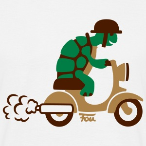Turle Moped - colored T-Shirts - Men's T-Shirt