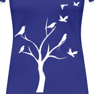 birds in tree - Women's Premium T-Shirt