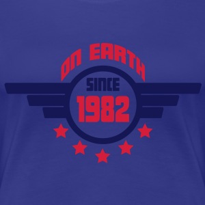 1982_on_earth T-shirts - Vrouwen Premium T-shirt