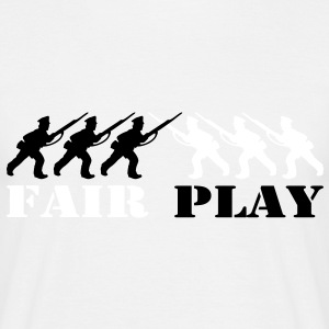 2 col - tabletop games soldier soldat fair play world war camouflage T-Shirts - Men's T-Shirt