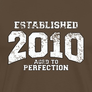 established 2010 - aged to perfection (nl) T-shirts - Mannen Premium T-shirt