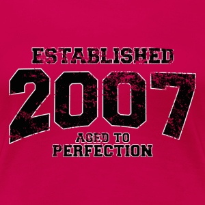 established 2007(uk) T-Shirts - Women's Premium T-Shirt