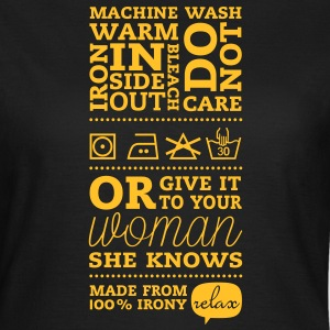 Laundry label Woman Knows T-Shirts - Women's T-Shirt