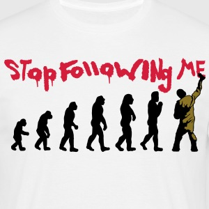 stop following me T-Shirts - Männer T-Shirt