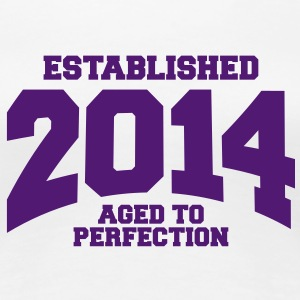 aged to perfection established 2014 (sv) T-shirts - Premium-T-shirt dam