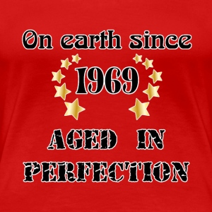 on earth since 1969 Tee shirts - T-shirt Premium Femme