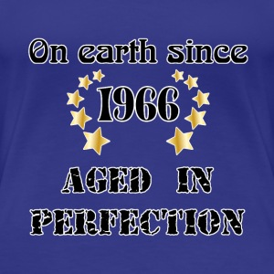 on earth since 1966 T-shirts - Dame premium T-shirt