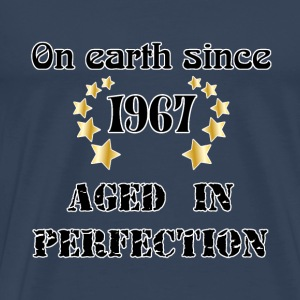 on earth since 1967 Tee shirts - T-shirt Premium Homme