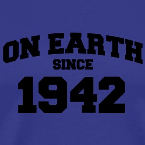 (de) on earth since 1942 (es) Camisetas - Camiseta premium hombre