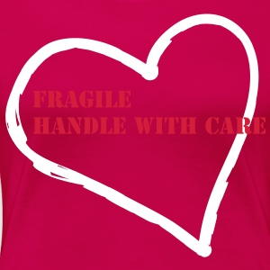 Shirt: Herzmotiv Fragile - Handle with Care  - Frauen Premium T-Shirt