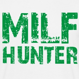 MILF hunter - Männer T-Shirt
