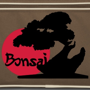 Bonsai subject in Japan, plants and martial arts fans. Bags  - Retro Bag