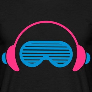 Shutter Shades and Headphones T-Shirts - Männer T-Shirt