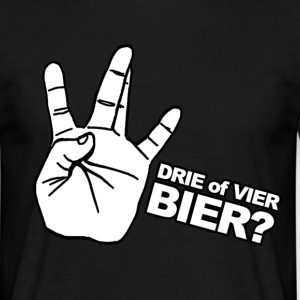 3 of 4 bier? T-shirts - Mannen T-shirt