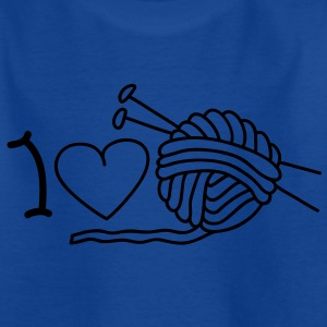 I love needlework Kids' Shirts - Teenage T-shirt