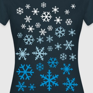 LOTS OF SNOWFLAKES T-Shirts - Frauen T-Shirt