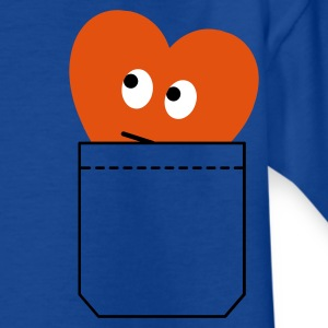 heart in pocket :-: - Teenage T-shirt