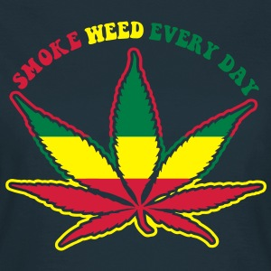 smoke weed every day T-shirts - T-shirt dam