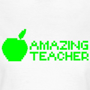 AMAZING computer TEACHER with apple in a digital  T-Shirts - Women's T-Shirt