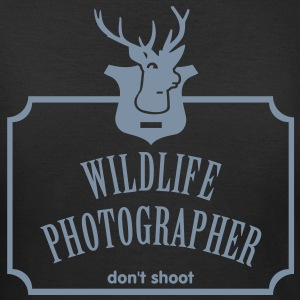 Wildlife Photographer (Deer Trophy, 1c) T-Shirts - Women's T-Shirt