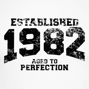 established 1982 - aged to perfection(uk) Long sleeve shirts - Men's Long Sleeve Baseball T-Shirt