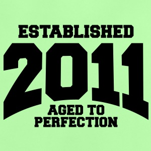 aged to perfection established 2011 (fr) Tee shirts Bébés - T-shirt Bébé