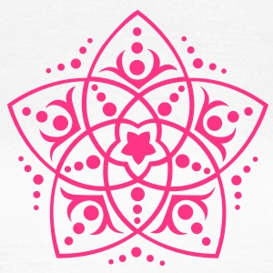 FLOWER OF LOVE - Venus Flower, c, symbol of love, balance and beauty / Camisetas - Camiseta mujer
