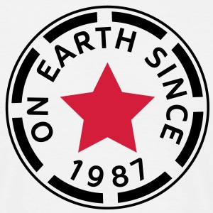 on earth since 1987 (uk) T-Shirts - Men's T-Shirt