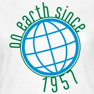 Birthday Design - (thin) on earth since 1957 (es) Camisetas - Camiseta mujer