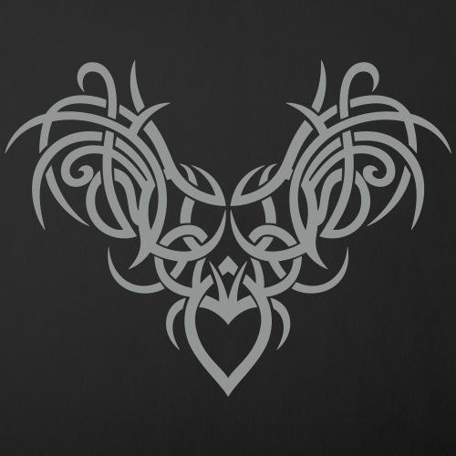Großes Tribal mit Flügeln, Tattoo wings