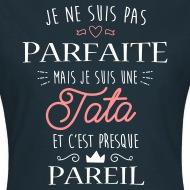Tee shirt Tata Parfaite marine par Tshirt Family