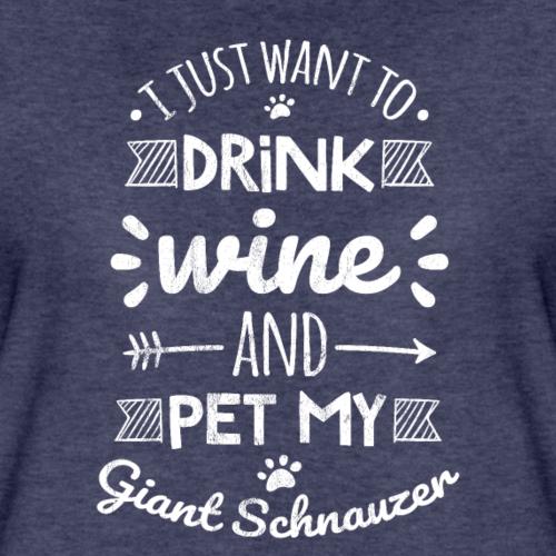 Je veux juste boire du vin et caresser mon géant