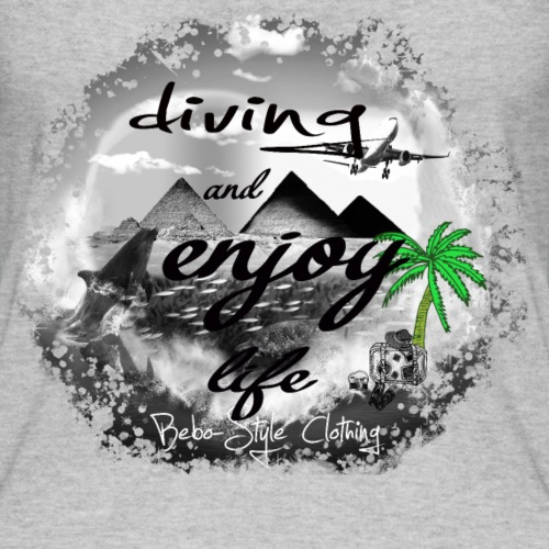 diving and enjoy life