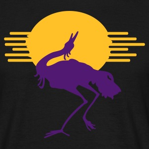 Crane in sunset - Men's T-Shirt