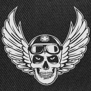 Flying Skull - Snapback Cap