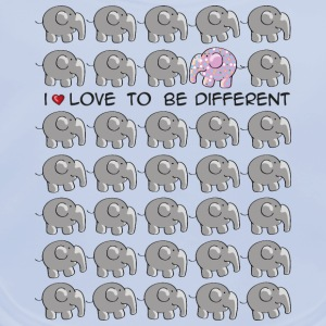 I love to be different - elephant Barn-T-shirts - Ekologisk babyhaklapp