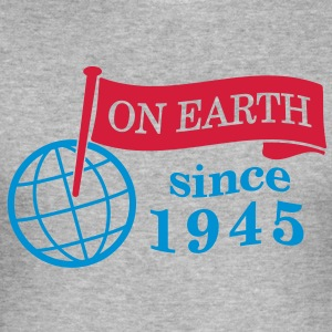 flag on earth since 1945  2c (no) Gensere - Slim Fit T-skjorte for menn