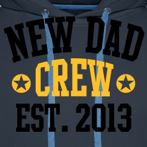 NEW DAD CREW EST 2013 T-Shirt HW - Men's Premium Hoodie